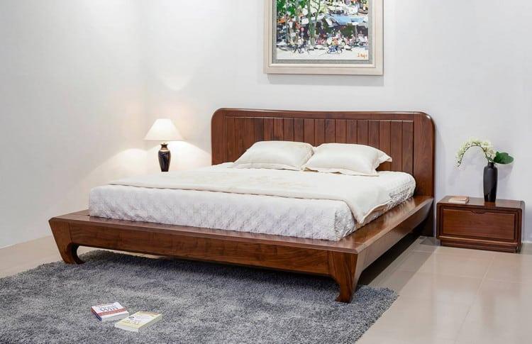Mẫu giường gỗ tự nhiên hiện đại