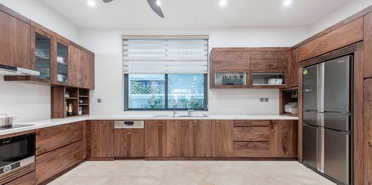 nội thất bếp gỗ óc chó