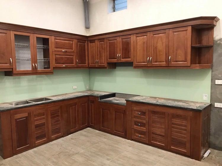 mẫu tủ bếp gỗ sồi