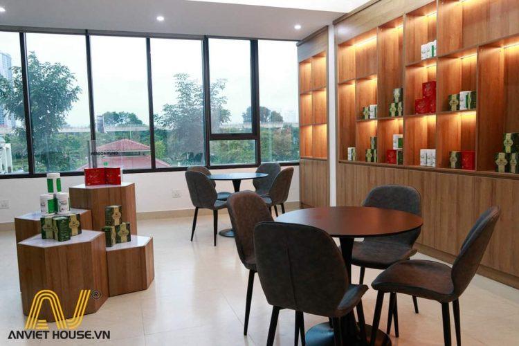 phòng trưng bày chuyên nghiệp - thi công nội thất văn phòng gỗ công nghiệp