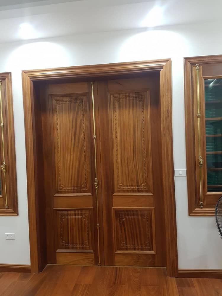 cửa gỗ 2 cánh phòng ngủ