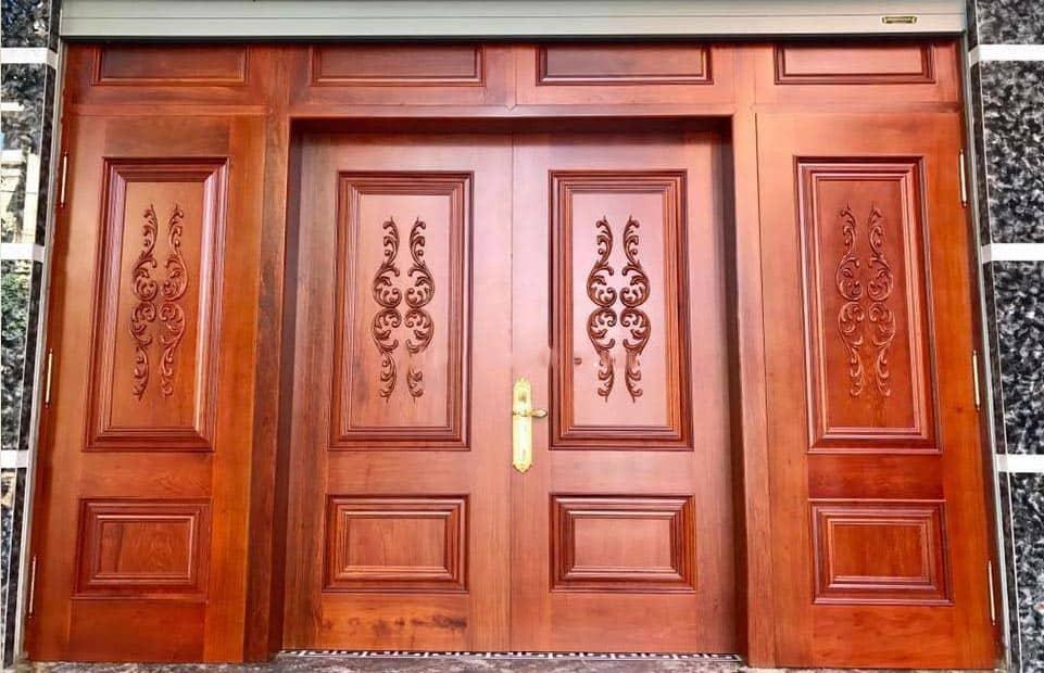 cửa gỗ hoa văn tinh tế