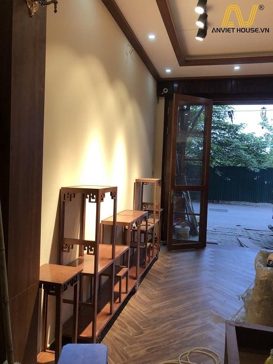 kệ tủ gỗ Tần bì tự nhiên kết hợp gỗ Veneer