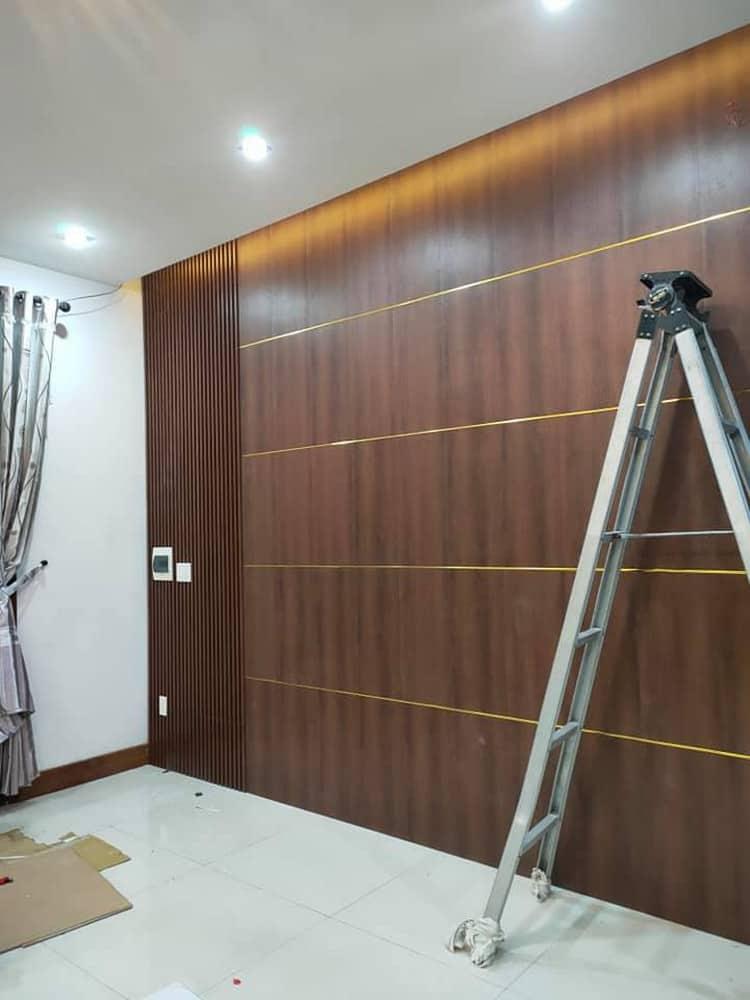 Ốp gỗ mảng tường phòng khách