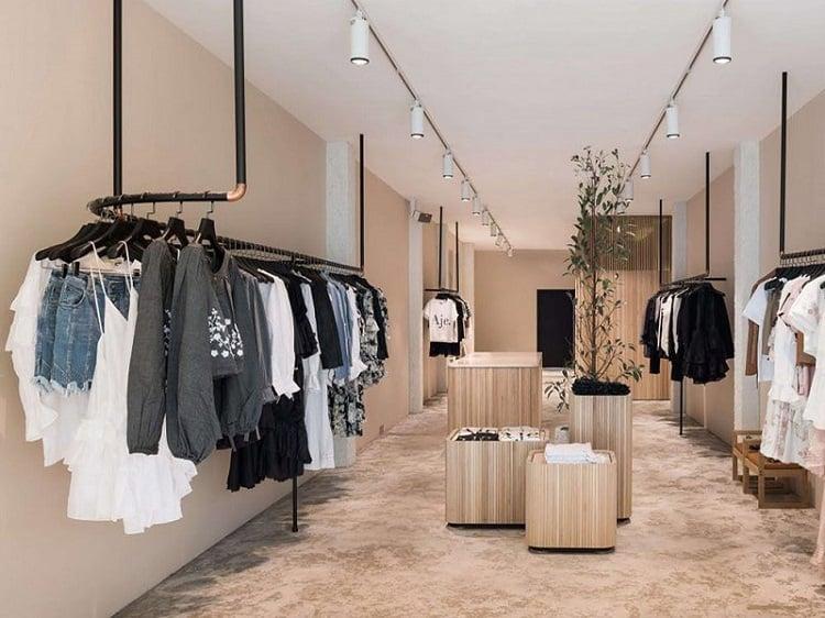 thiết kế shop quần áo nữ nhỏ đẹp