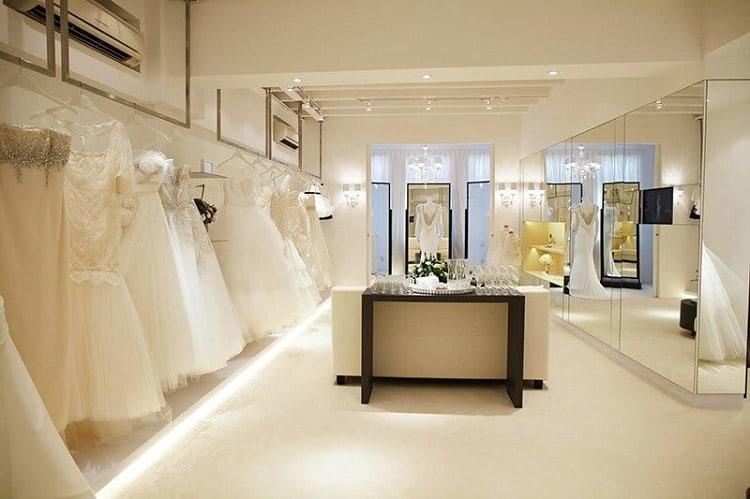 cửa hàng váy cưới hiện đại