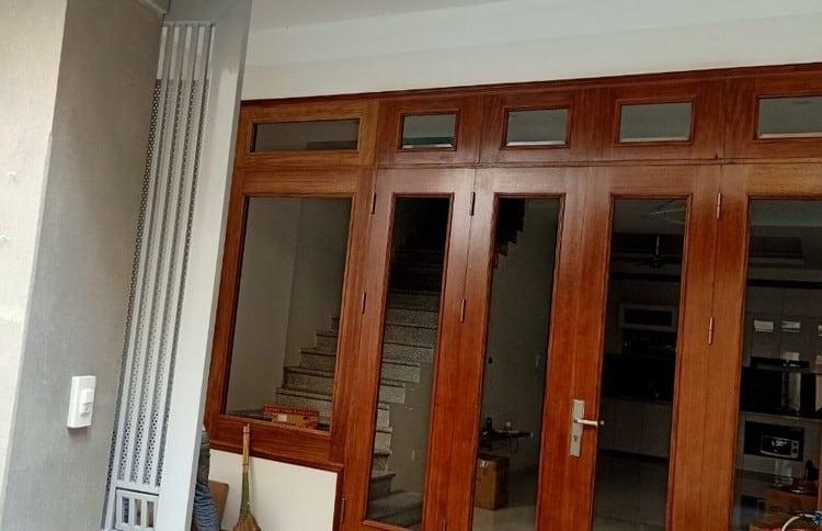 mẫu cửa gỗ tự nhiên đẹp