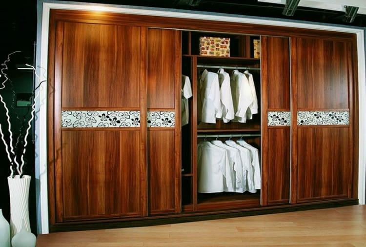 mẫu tủ quần áo gỗ tự nhiên cửa lùa