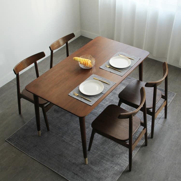 lựa chọn kiểu dáng bàn phù hợp