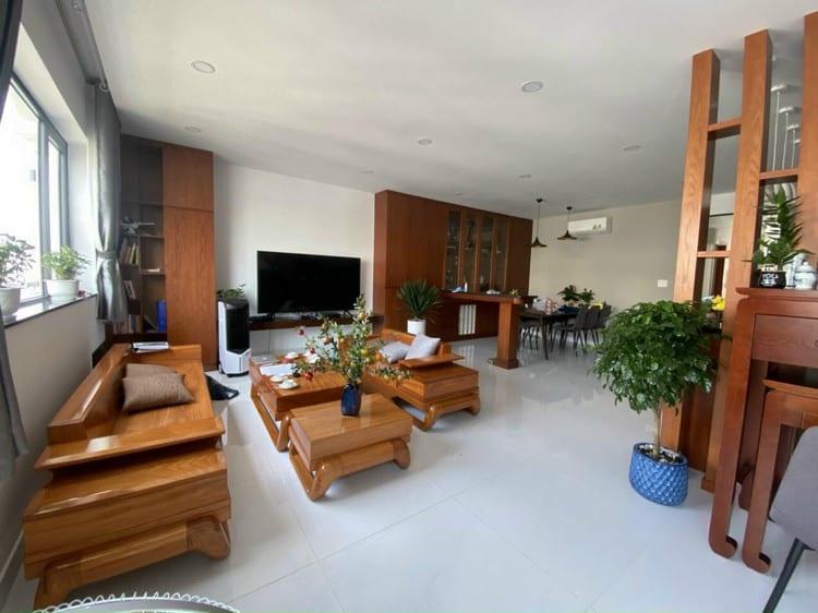 sofa gỗ gõ đỏ hiện đại
